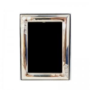 Ασημένια Κορνίζα Με Σκαλιστά Κουτάκια 12x16 (P2238)